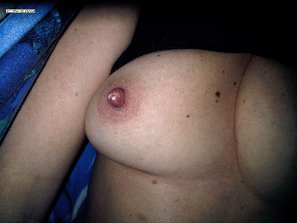 Tit Flash: Medium Tits - Garibaldi from Italy